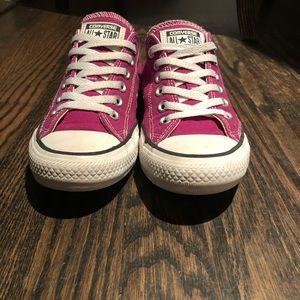 Low top converse. Size 7. Magenta